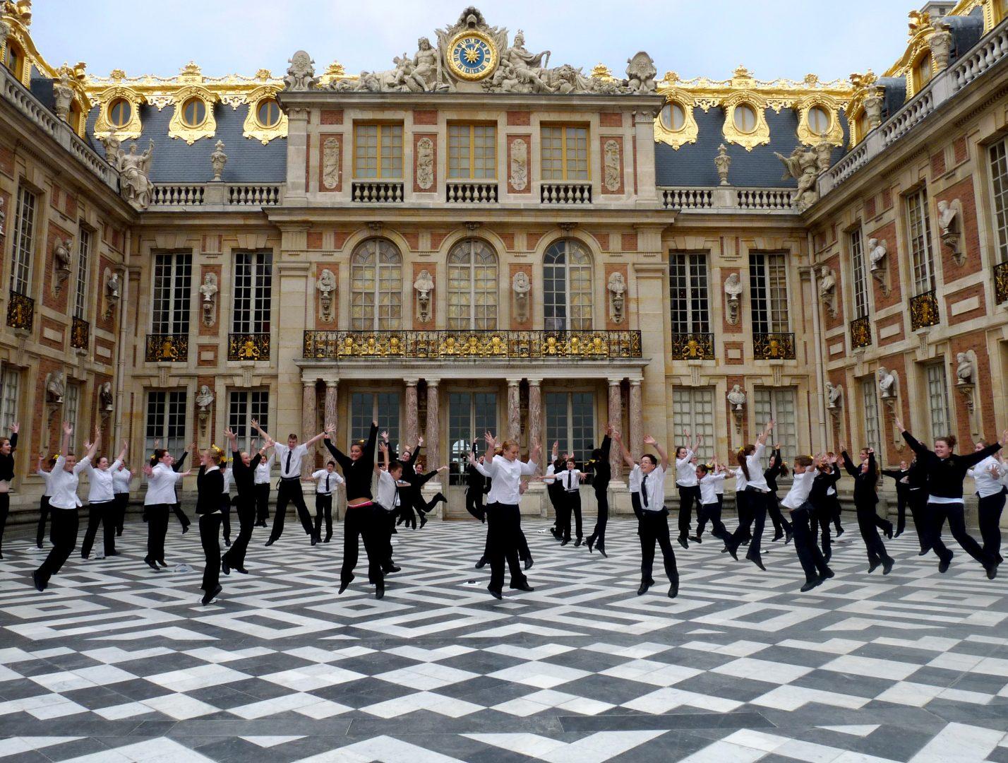 Versailles-jumping-1428x1080